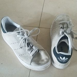 Well loved Stan Smith Adidas size 6